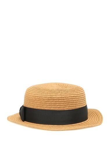 Şapka-Genie by Eugenia Kim
